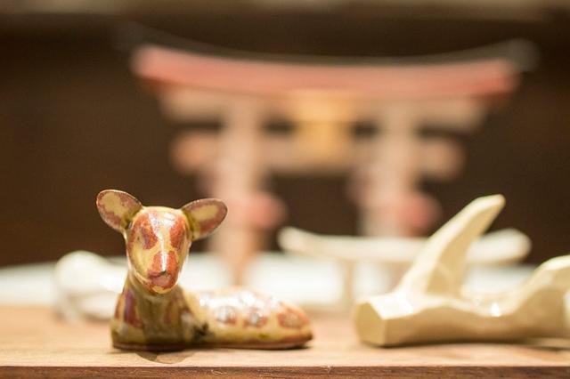画像: オブジェにもなる鹿の箸置き