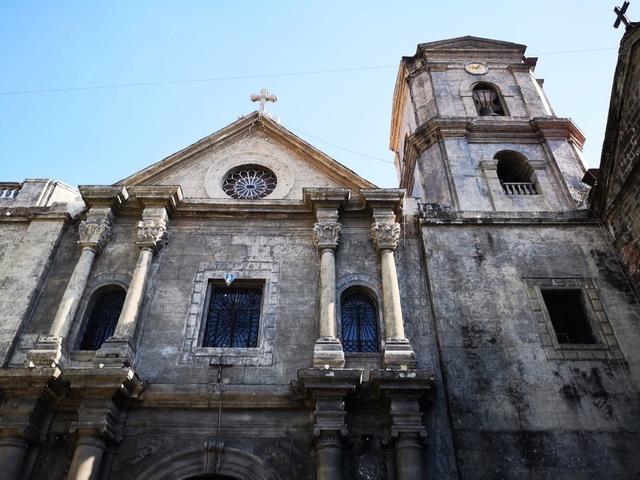 画像: ユネスコ世界遺産にも登録されているバロック様式の教会。