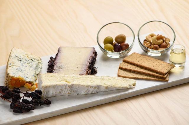 画像2: fromageoaillerie éclairer(フロマジュアユリー エクレレ)