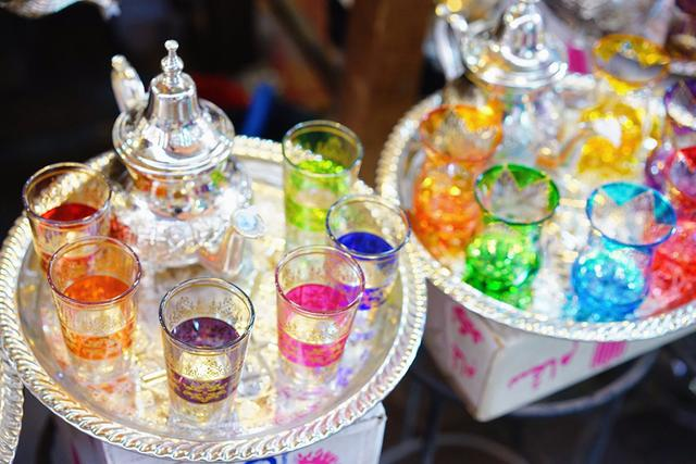 画像: モロッコの人が毎日飲む「ミントティー」のカップ