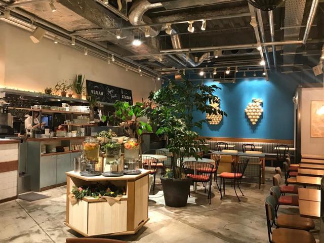 画像1: 【新宿駅】旬のもぎたてフルーツが満載。体にやさしい元気をチャージ フタバフルーツパーラー 新宿 マルイ本館店