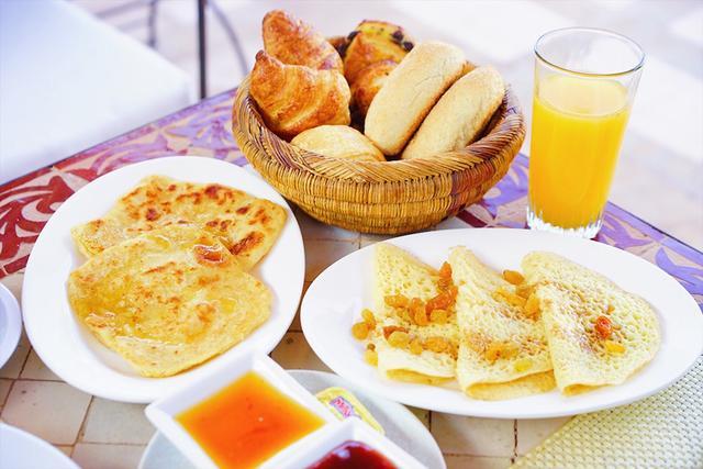 画像: モロッカンクレープの朝食