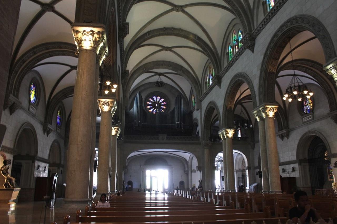 画像: マニラ大聖堂 彫刻が美しい教会 Photo by Rising sun