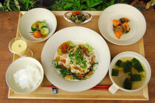 画像1: 食事と空間 おがわのじかん
