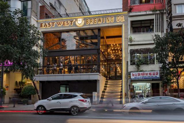 画像: © East West Brewing Co.