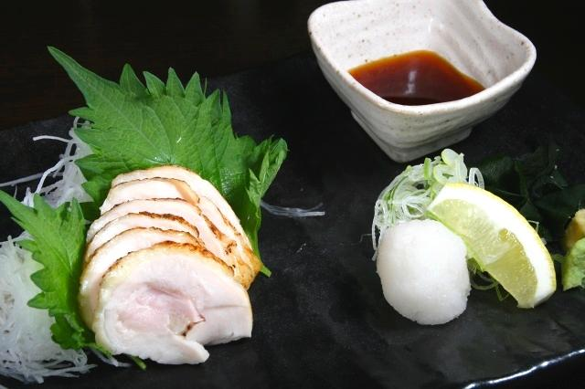 画像: 「名古屋コーチンのたたき」は、名古屋コーチンのコクのある旨みとしっとりとした肉質が楽しめます。