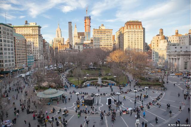 画像1: ニューヨーカー気分で、秋の味覚を楽しむ。