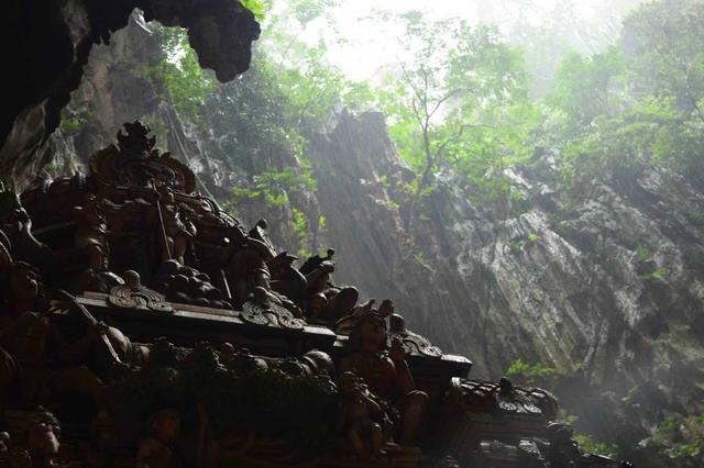 画像: Batu Caves(バトゥ洞窟)