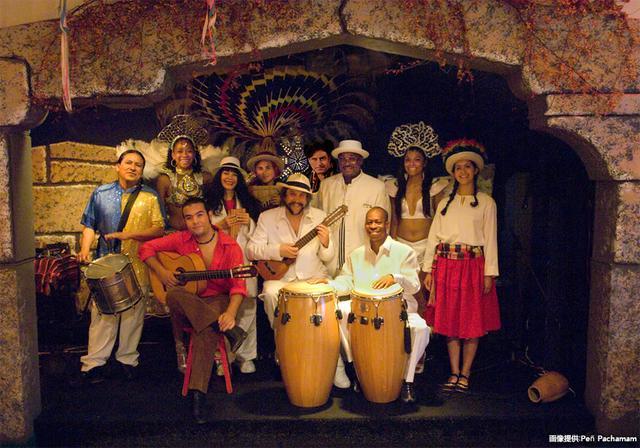 画像: ラテンアメリカの民族音楽など、生演奏が堪能できる
