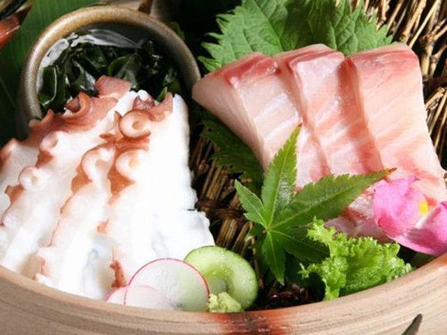 画像: 鰆(さわら)岡山の鮮魚の定番。柔らかな食感は、口の中でとろけます。下津井蛸(しもついたこ)岡山と言えば倉敷は下津井港の蛸。