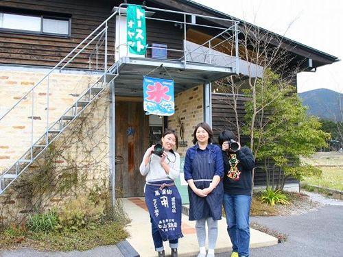 画像: 写真家の武内忠昭さんはカフェには携わっていなくて、カフェは奥様と写真家スタッフなどで切り盛りしています。