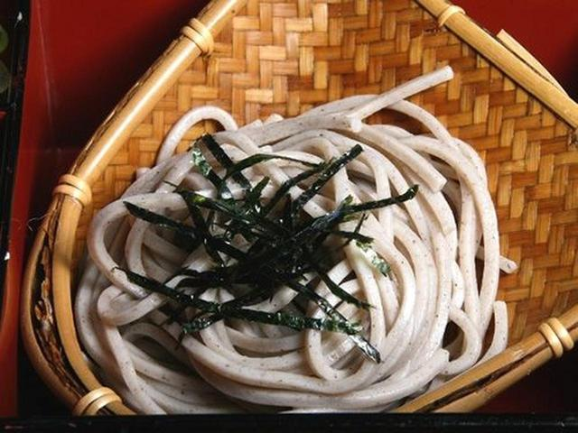 画像: 蕎麦は斜里町の蕎麦粉を使用したものだそう。風味がよくてしっかりとした味わい。