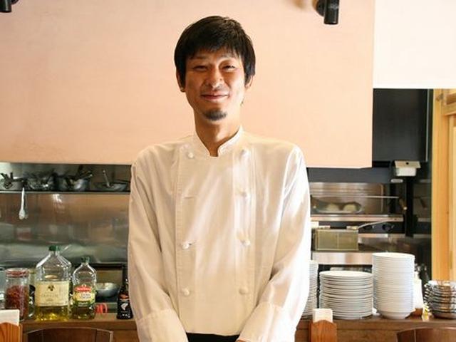 画像: シェフは谷口良二さん。日本料理出身ですが、魚の知識を得たいと鮮魚店で働き、そしてイタリア料理の道へと進んだ、珍しい経歴。