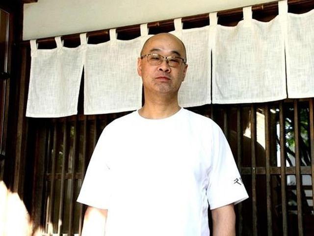 画像: ご主人は美唄出身。札幌の大学を出て、函館をはじめ関東や関西などで働き、そばの道へ。横浜の一茶庵系などで修業を積んだとか。