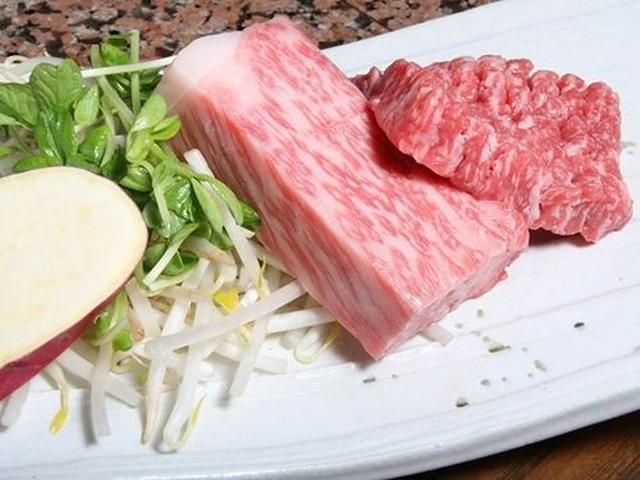 画像: 「宮崎牛またはみやざき和牛(4等級以上) ミックスステーキコース(ロース80g&モモ肉80g)」 サラダバーやスープなどもつきます。