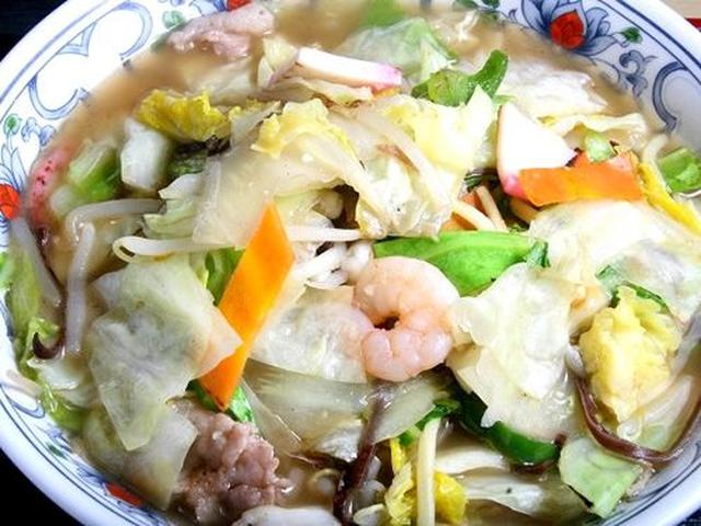 画像: まずは「チャンポン」を頂きました。噂どおりの美味しさです。あっさりしたスープなのにコクがある、不思議な仕上がり。