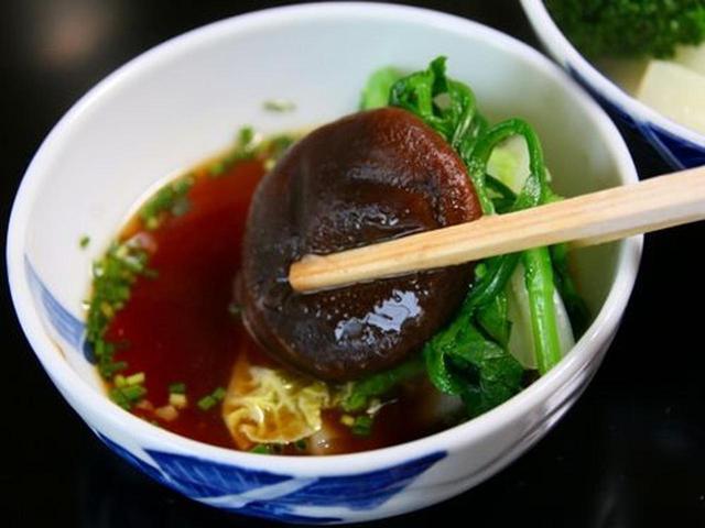 画像: 野菜もいいですね~。鶏スープで炊かれるため、新鮮な野菜がさらにおいしくなります。