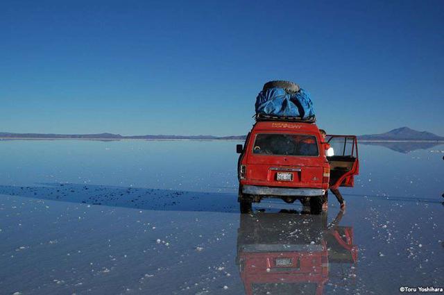 画像: 南米屈指の絶景の地「ウユニ塩湖」