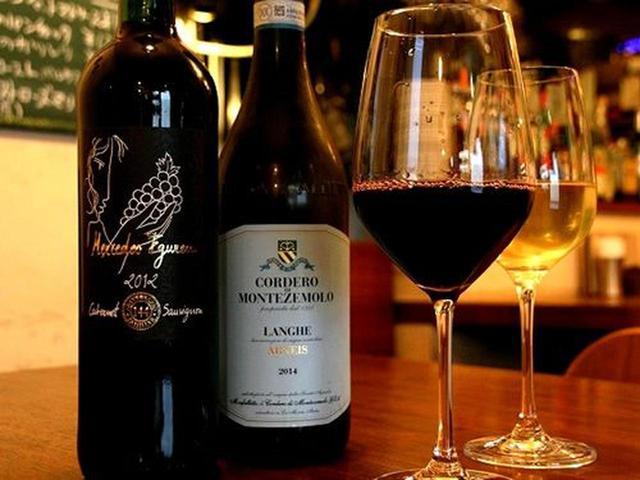 画像: 「和気藹々とした雰囲気なんですよ~」と三浦さんが仰るとおり、ワインも2,500円~3,500円が特に良く出るクラス。