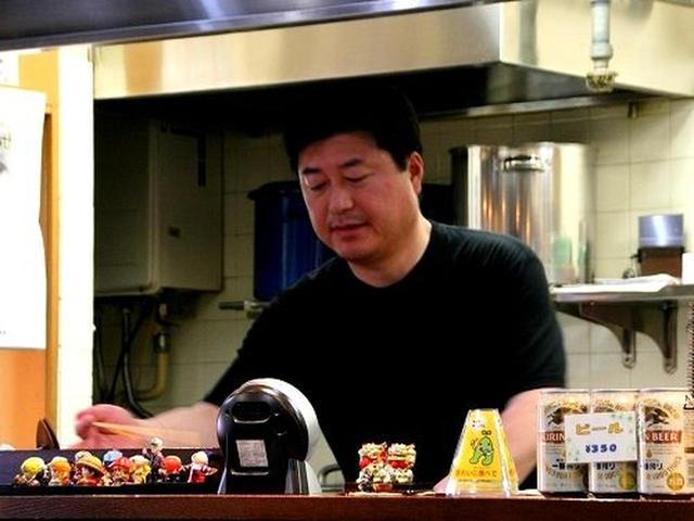 画像: ご主人の伊藤保男さんは、十文字のラーメン店で修業を積み、その支店だった当地を譲り受けてお店を始めました。