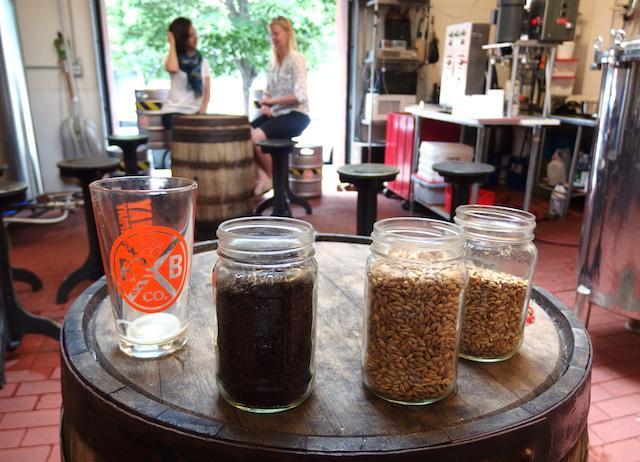 画像: 金、土、日と行われているブルワリーのツアーは、ビールをより身近に感じたい人におすすめ