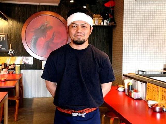 画像: 僕は、ご主人の工藤史雄さんとは旧知の仲です。この日は総本店を任されている店長の渡邊雅宏さんを、パチリ。
