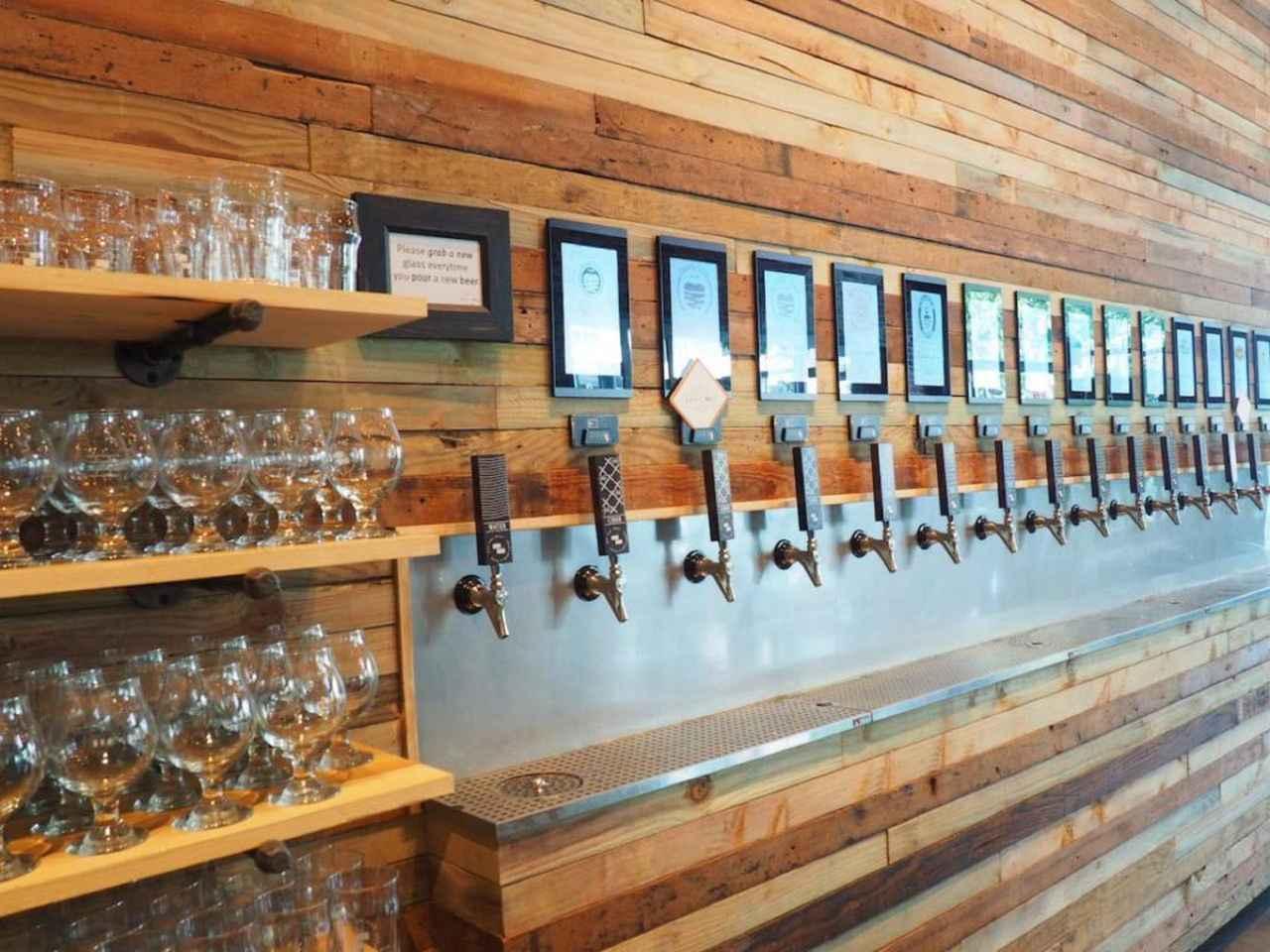 画像: Off The Wall Craft Beer & Wine(オフ・ザ・ウォール・クラフトビール&ワイン)