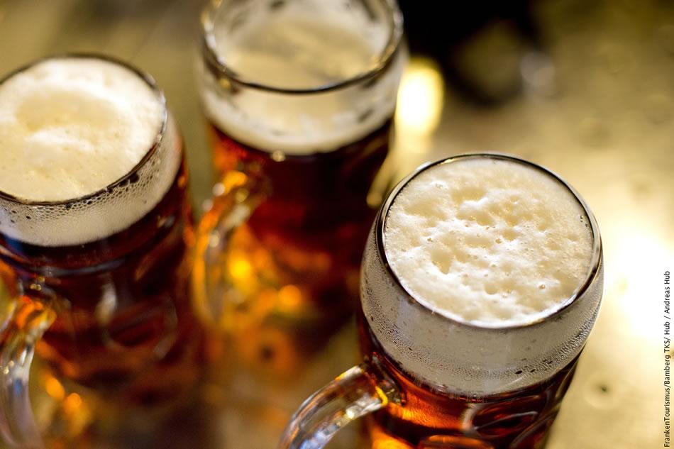 画像: フェスティバルの主役は、やっぱり本場のビールです。