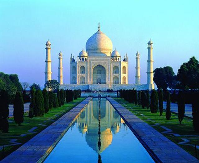 画像2: アグラに建造された 美しき世界遺産へ