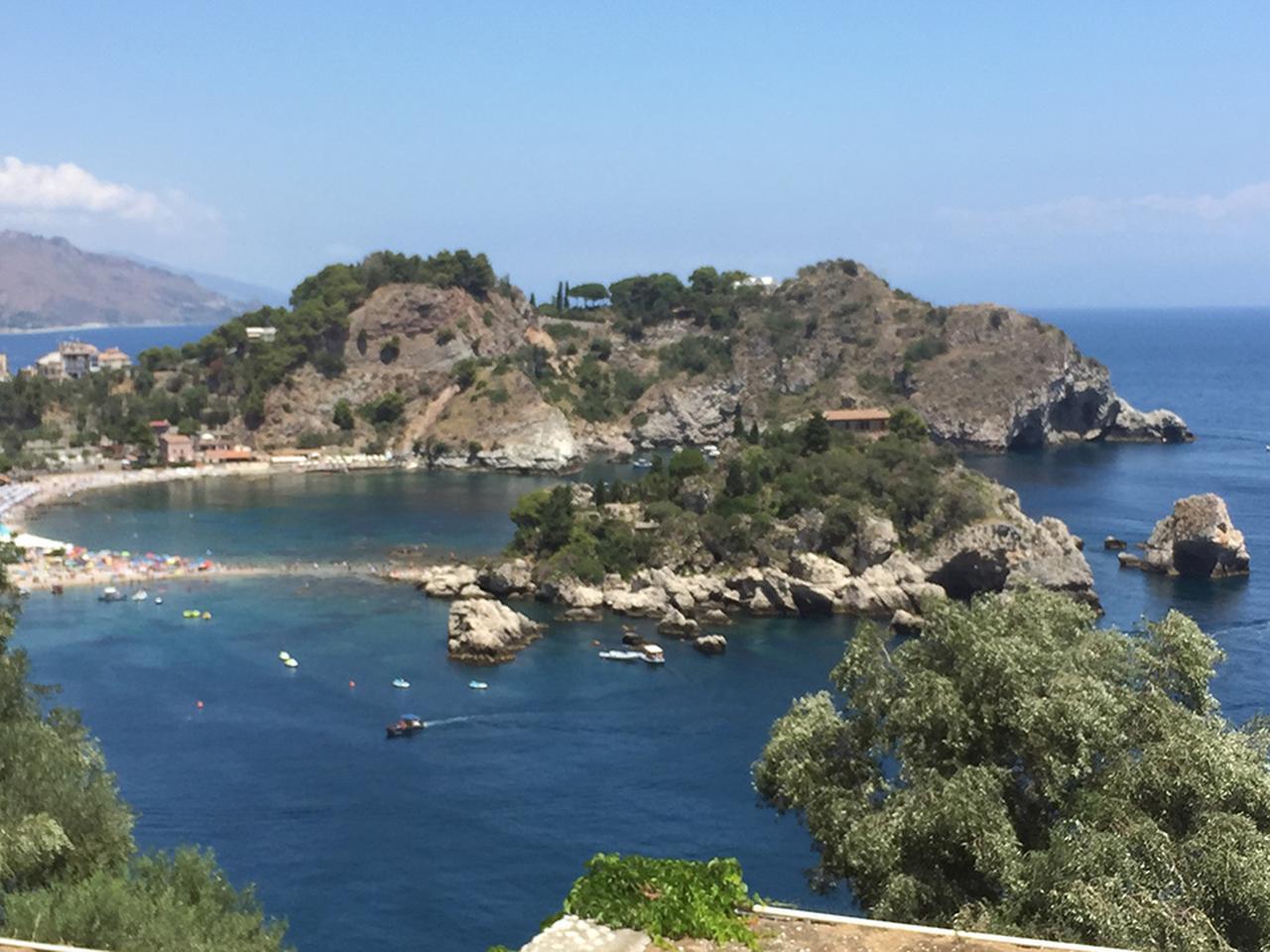 画像1: 「グラン・ブルー」の美しい海を眺めながら