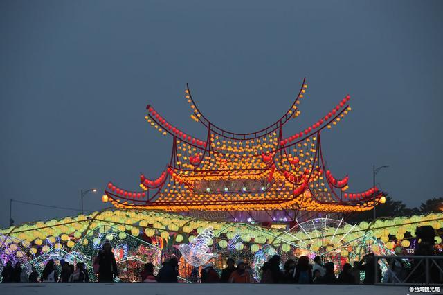 画像1: 台北を拠点に楽しむ幻想的な旅。