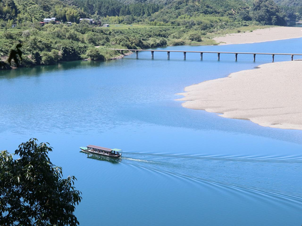 画像: 15:00 四万十川観光遊覧船でゆっくり川下りを体験