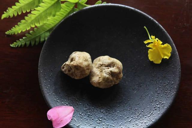 画像: 季節ごとに変わるメニューで旬の食材が味わえる
