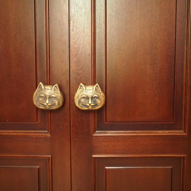 画像: ククラチョフ猫劇場のドアノブ