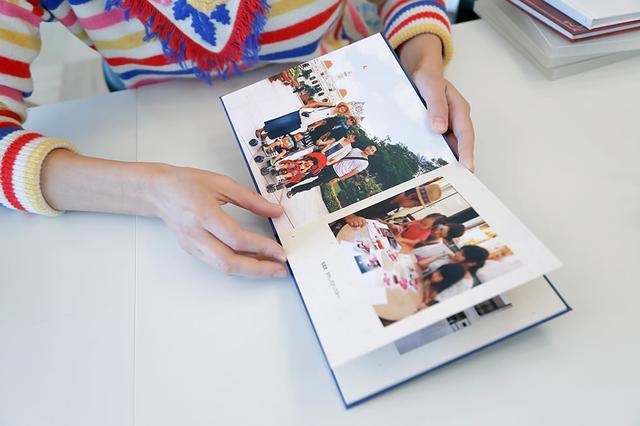 画像: ベトナム旅行時のフォトアルバム。ベトナムでの仕事の合間を縫って観光を楽しんだ