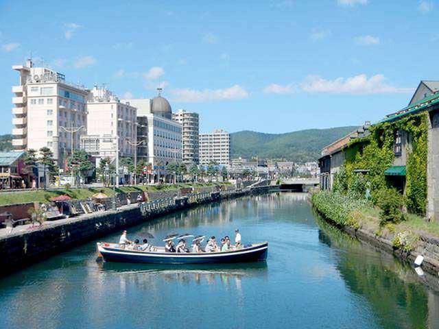 画像2: 初夏の北海道で爽快ドライブ!