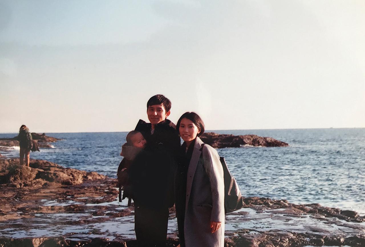 画像: 雨晴くん1歳半のころ 江ノ島の海辺にて(フィルムカメラにて撮影)