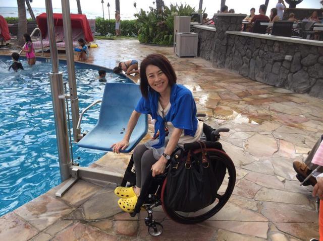 画像: 沖縄からさらに足を延ばし、ハワイへ。ハワイはバリアフリー設備が整っていて旅行しやすい環境でした。