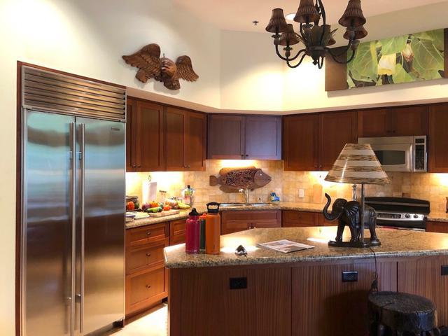 画像4: 高級コンドミニアムの部屋を紹介。広々とした寝室やキッチン