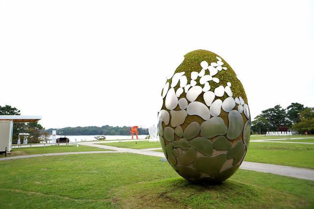 画像: 第28回現代日本彫刻展の大賞受賞作品「はじまりのはじまり」(三宅之功作)