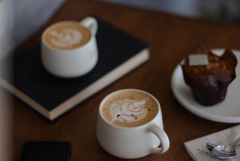 画像1: Wi-Fiも完備。「THIRD WAVE COFFEE ROASTERS」で丁寧な一杯
