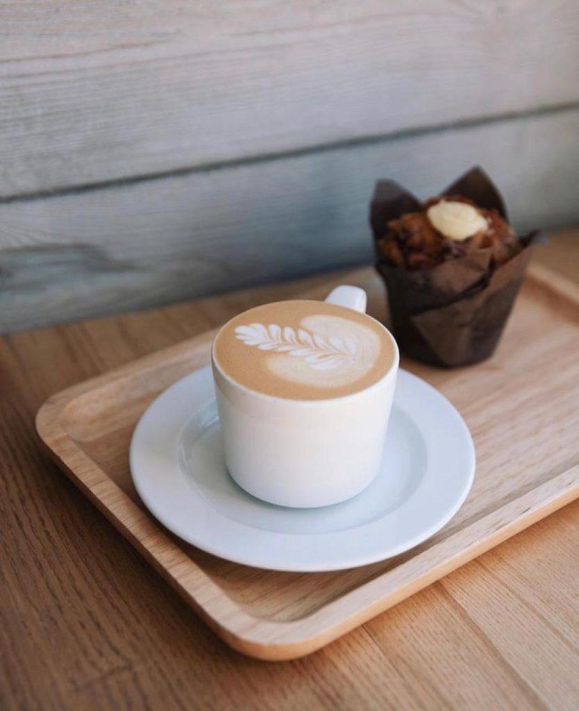 画像2: ウラジオストクの最先端おしゃれカフェ。アーティスティックな「カフェイン」