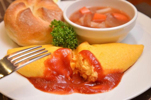 画像2: 【上野】洋食や 三代目 たいめいけん:駅ナカで老舗洋食店「たいめいけん」の名作オムレツをお得に。