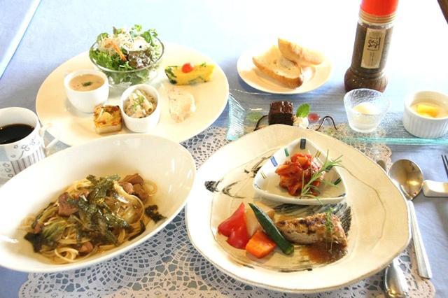 画像: オードブル盛り合わせからパン、パスタ、メインディッシュ、デザート、ドリンクも付くパスタコース