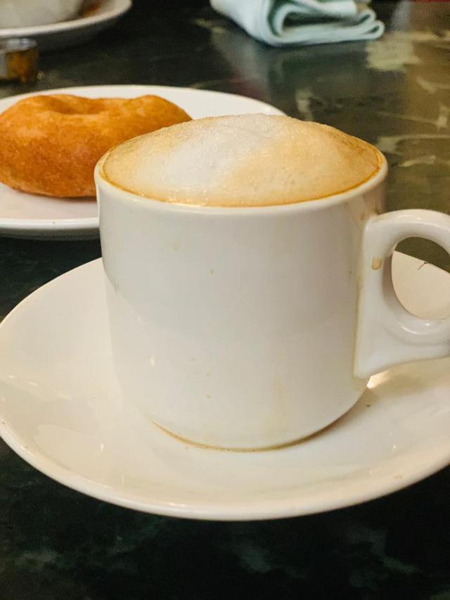 画像1: 地元に愛されるカフェ「MTR」で地元民に混じってコーヒーを