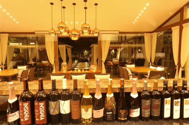 画像1: インドでワイン? 郊外ワイナリーへお出かけ「Grover Zampa Vineyards」