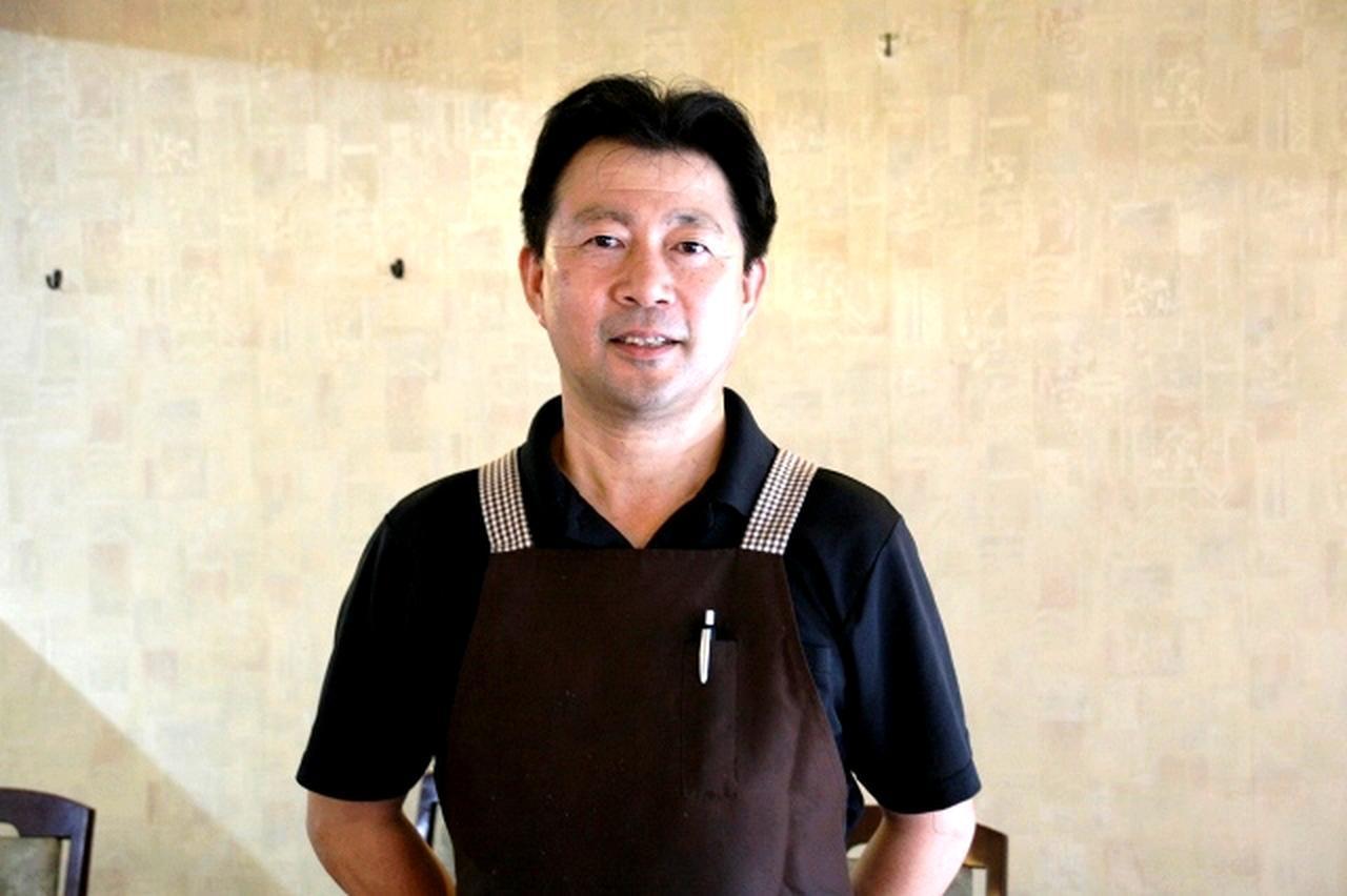 画像: オーナーシェフの皆川典顕さんが、奥様&スタッフと切り盛り