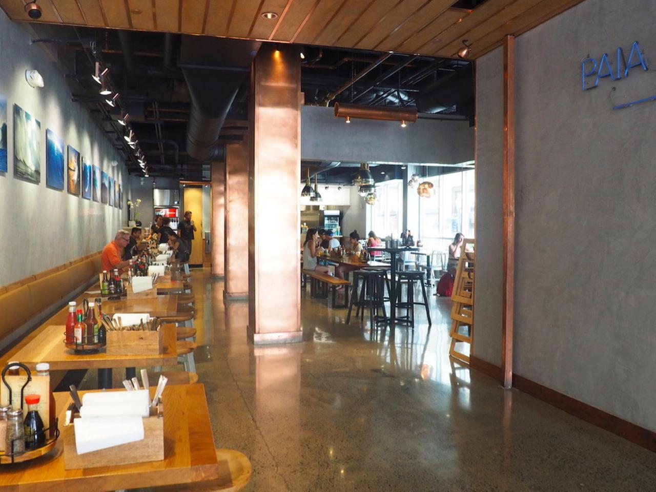 画像: 「パイア・フィッシュマーケット・ワイキキ」は、欧米人に大人気のシーフード料理店