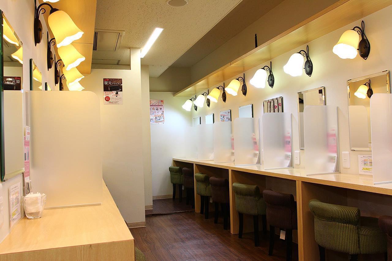 画像1: 【新宿】駅徒歩3分。休憩や化粧直しにも使える。新宿VIPラウンジ