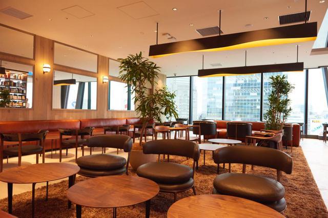 画像1: リッチな空間で過ごすなら11階 TSUTAYA BOOKSTORE へ